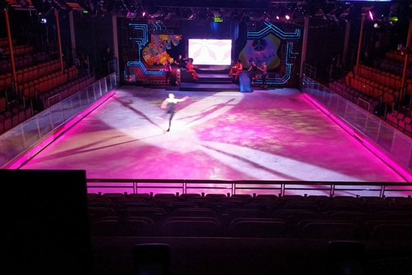 murphy lighting systems -for Ice show on Cruise Ships